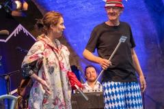 Holger Paetz mit Caroline Ebner   → Foto: Herbert Becke