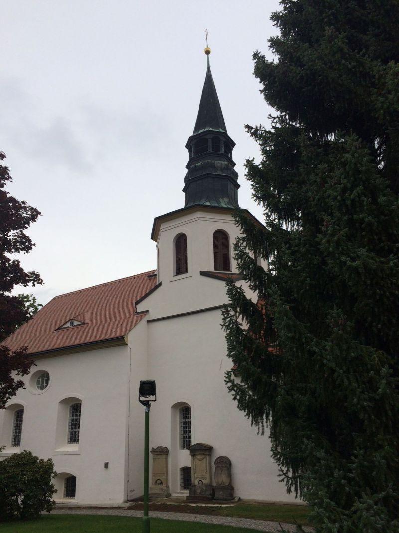 Kirche Mittelherwegsdorf Außenansicht